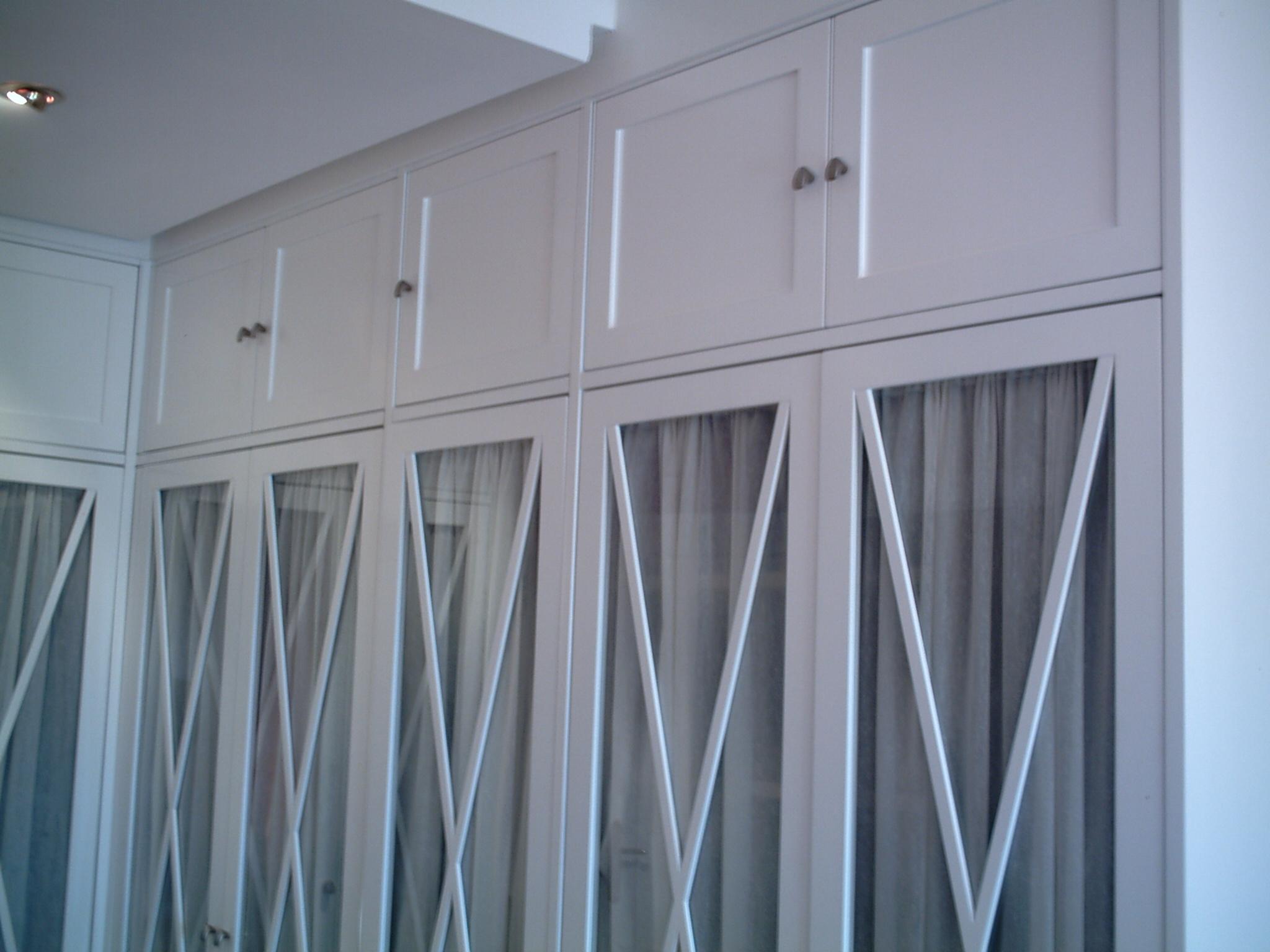 Lacado de maderas corefulgor for Interior de armarios ikea