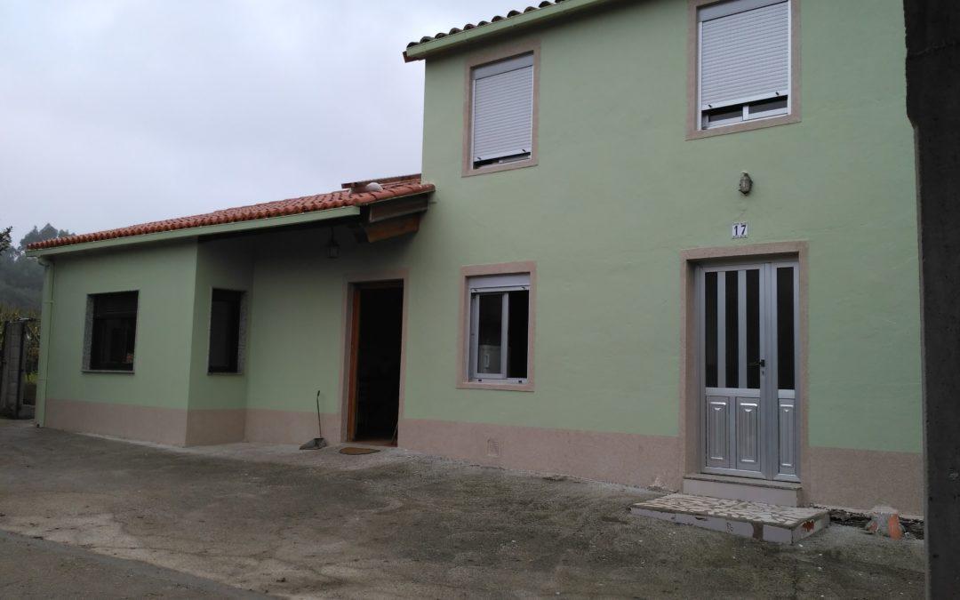 pintado fachada ( Leboran) O Pino
